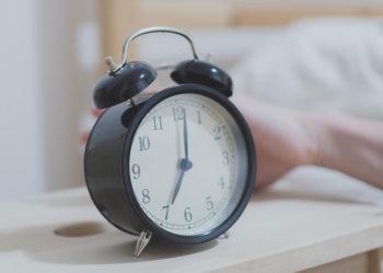 Alarm Clock For Hearing Impairment